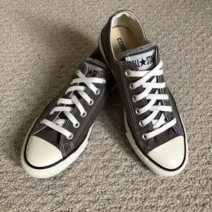 Converse All Star Chuck Taylor Low Top Canvas Casual Sneakers Grey Sz 8 (8.5/9)